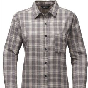 🆕 North Face Gray Plaid Womens Large